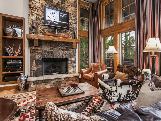 Beaver-Creek-Bachelor-Gulch-living2