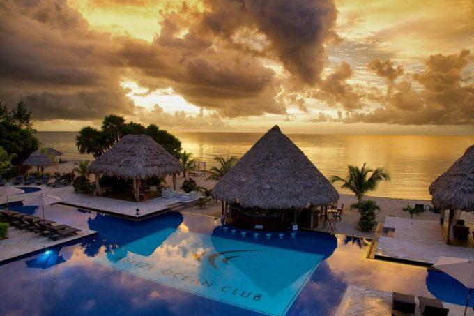 BelizeOceanClub-poolandbeach-800x533