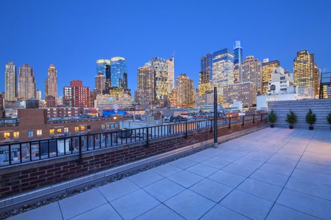 NYC-Midtown-West_terrace_WEB-800x533